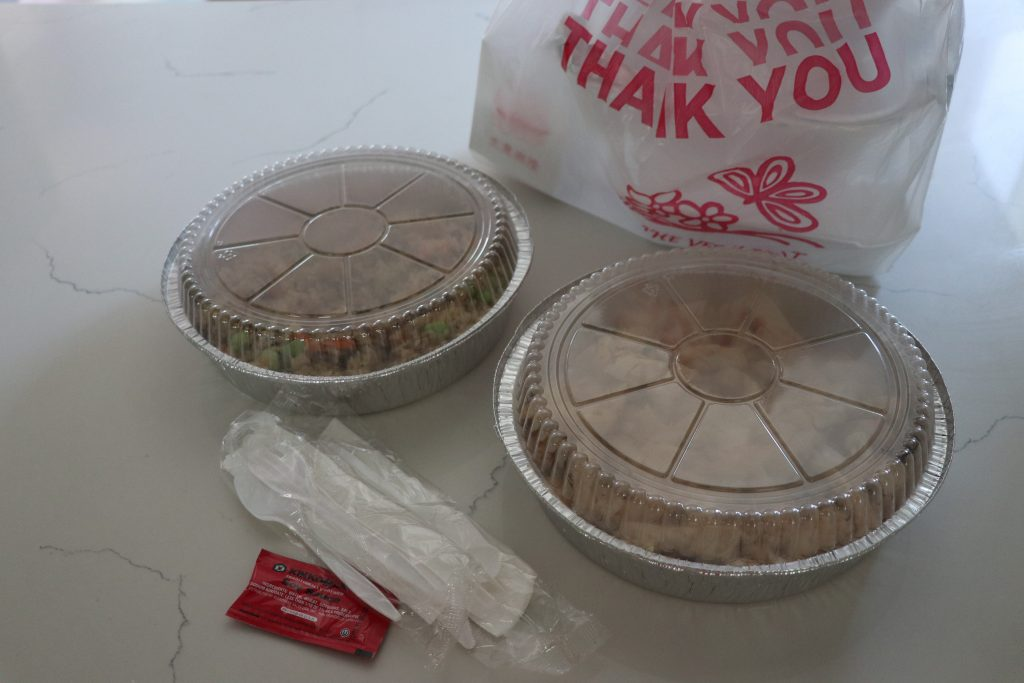 Plastic and foil takeout containers