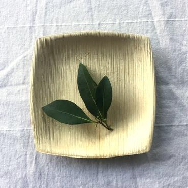 """6"""" appetizer plate with leaves"""